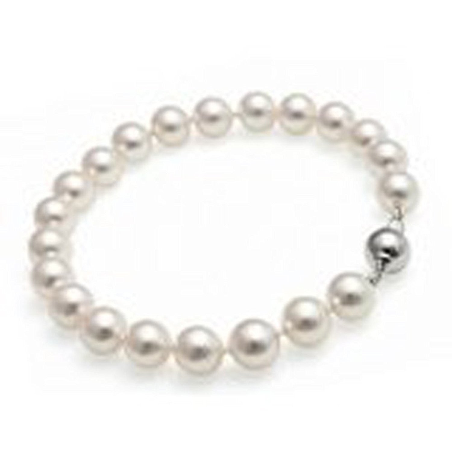 in bracelet classic pearls product made with freshwater pearl uk cultured
