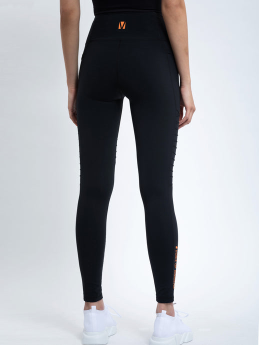 PHONE POCKET 7/8 MOTO LEGGING IN BLACK