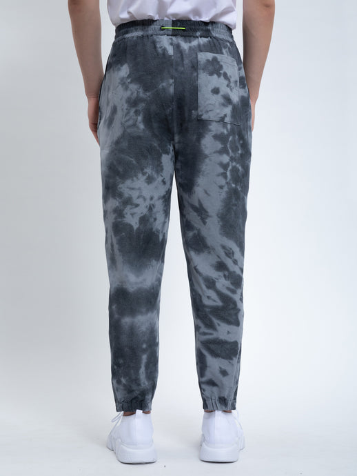 SPRAY DYE TAPERED PANTS