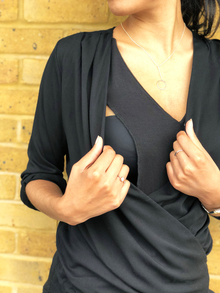 Elegant breastfeeding shirt in in black with discreet under layer