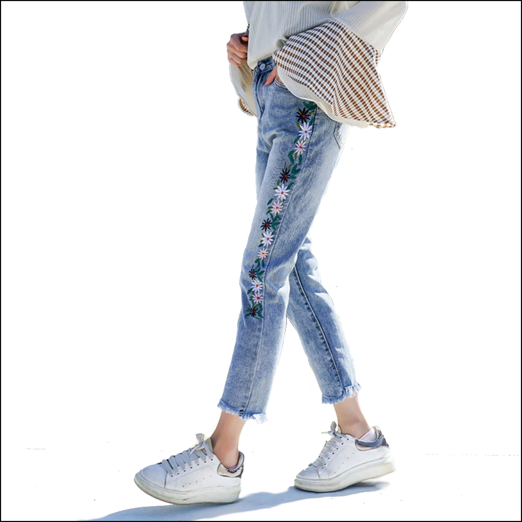 Bouquet of Daisies Jeans - Echo90210