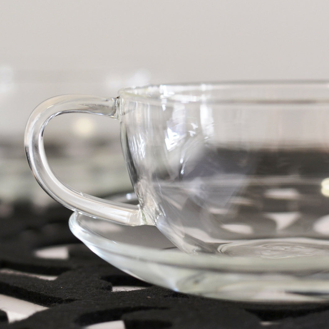 LARGE GLASS TEA CUP