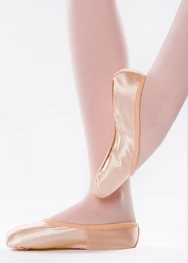 Classic Plus (Wing Block) Medium Strong Pointe Shoe