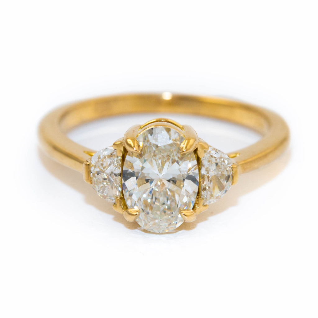 18kt Gold Diamond Engagement Ring - Kingdom Jewelry