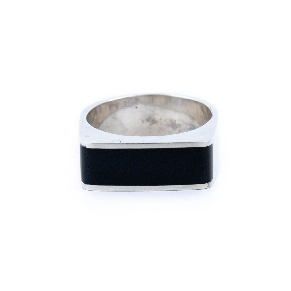 Sleek Black Jade Ring - Kingdom Jewelry