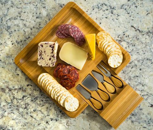 THE ELEMENT BAMBOO CHEESE BOARD