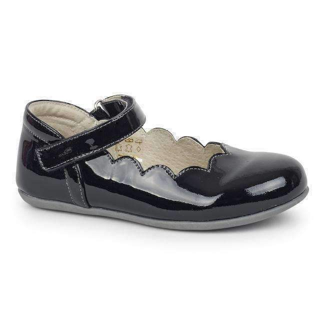 See Kai Run Black Scalloped Mary Janes