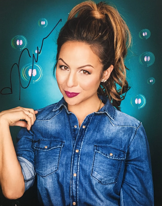 Anjelah Johnson Signed Photograph