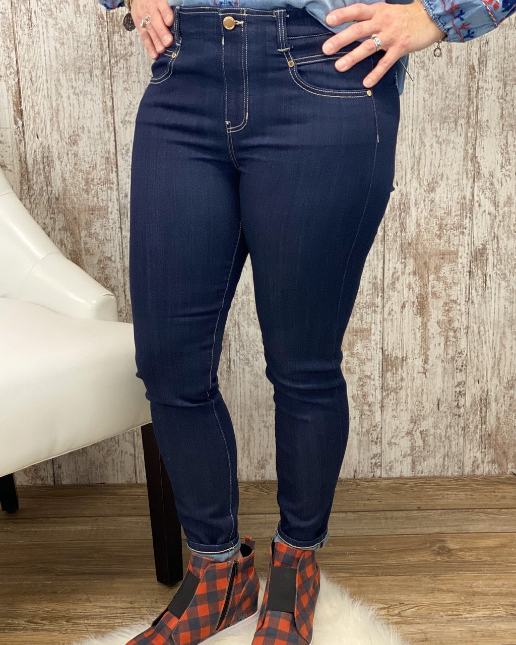 Gia Glider 28In Ankle Jean LM1004WF