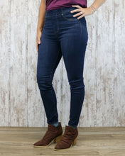Liverpool Chloe Skinny 30 In Inseam Pull On Jeans LM2252F80