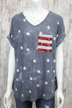 Short Rolled Slv V Neck Star Printed Top w Sequin Striped Pocket A3929