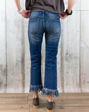 Long Fray Cropped Jeans
