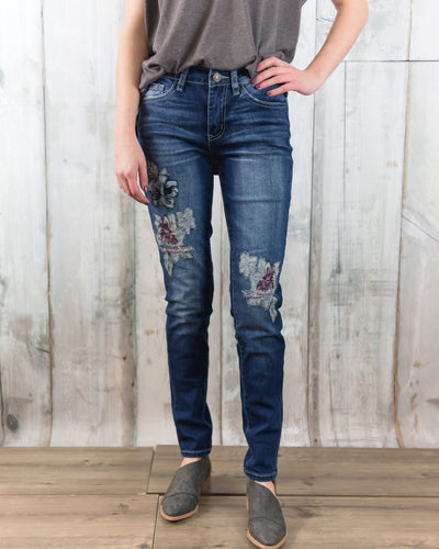 Skinny Jean w Floral Embroidery Detail Front and Back KC5124D