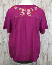 PLUS Floral Embroidered Short Slv Top w Crochet Trim WA3104