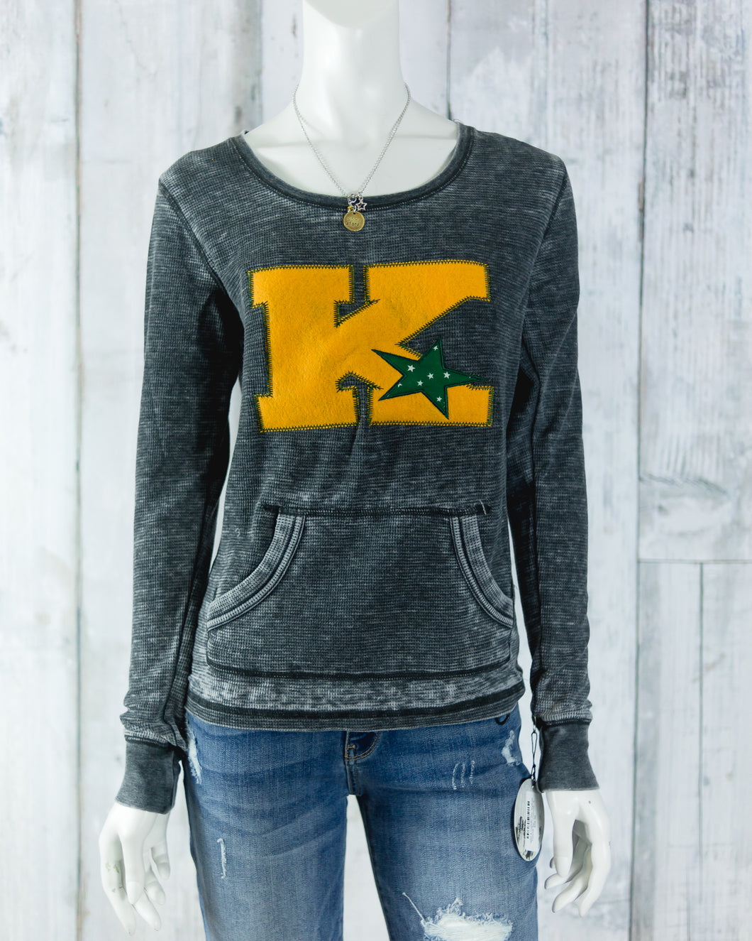 Kearney Catholic Star Appliqué Thermal Top