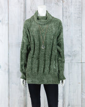 Oversized Cable Knit Velvet Yarn Sweater w Turtle Neck TW-1904