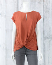 Twisted Front Top 17109