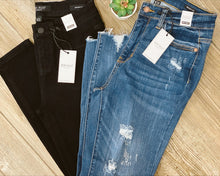 Mid Rise Non Distressed Skinny Jean