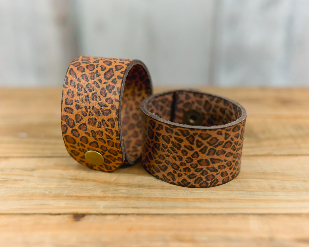 Regular Leather Cheetah Bracelet