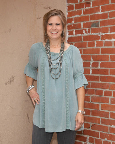 Short Bell Slv Rayon Gauze Mineral Washed Top w Embroidered Detail