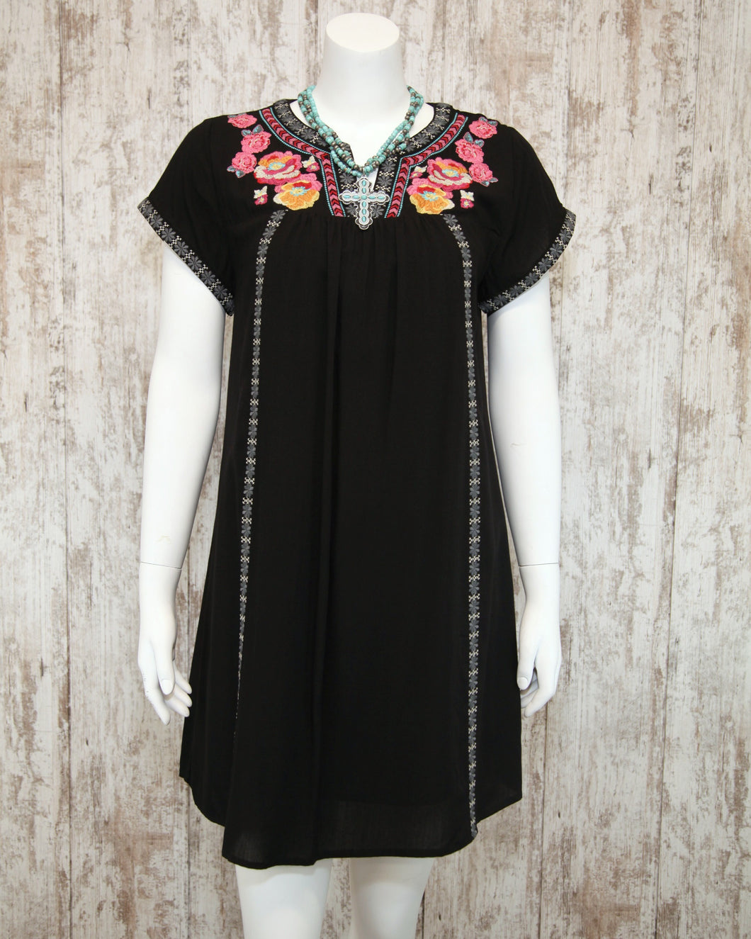 Embroidered Short Dress w Cap Slv M93045