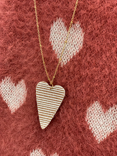 To the Point Heart Necklace AN806
