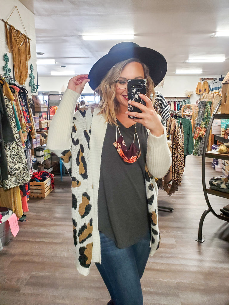 (S-XXL) Leopard Sherpa cardigan - Adorn Boutique in Mitchell