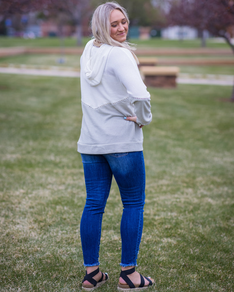 Color Block hoodie - Adorn Boutique in Mitchell