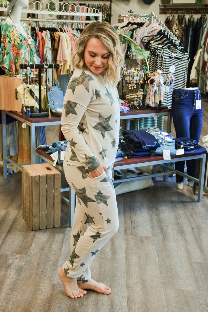 Camo star joggers - Adorn Boutique in Mitchell