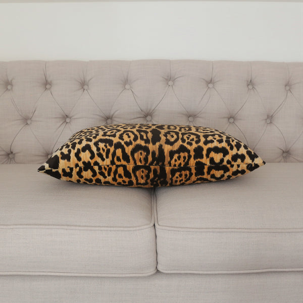 READY TO SHIP - Leopard Velvet 15x22