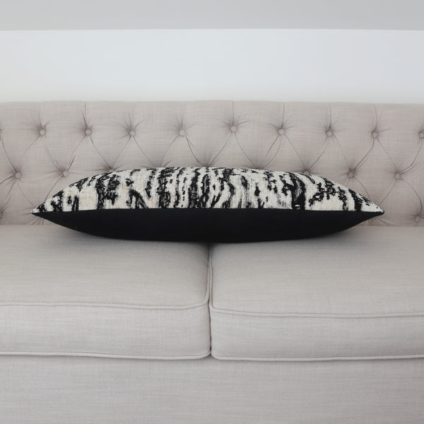 READY TO SHIP - Serengeti Tigre Blanc 13.5x33
