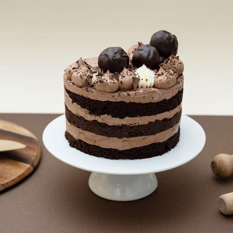 Chocolate Naked Cake -  Cupcake Central