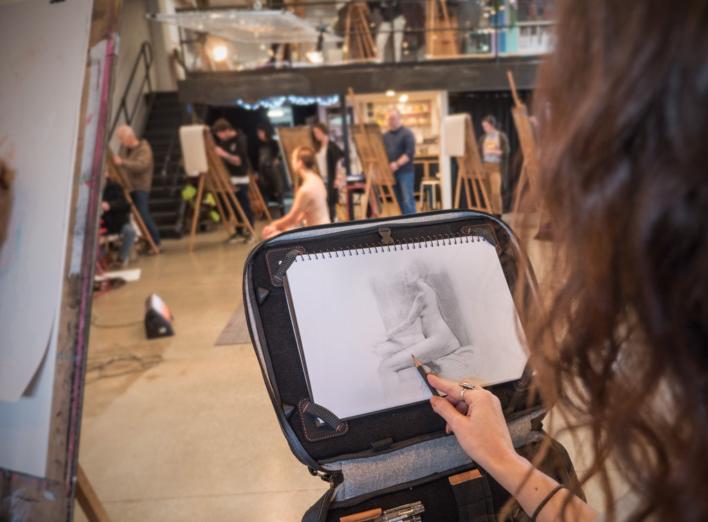 Life Drawing class with the Etchr Art Satchel
