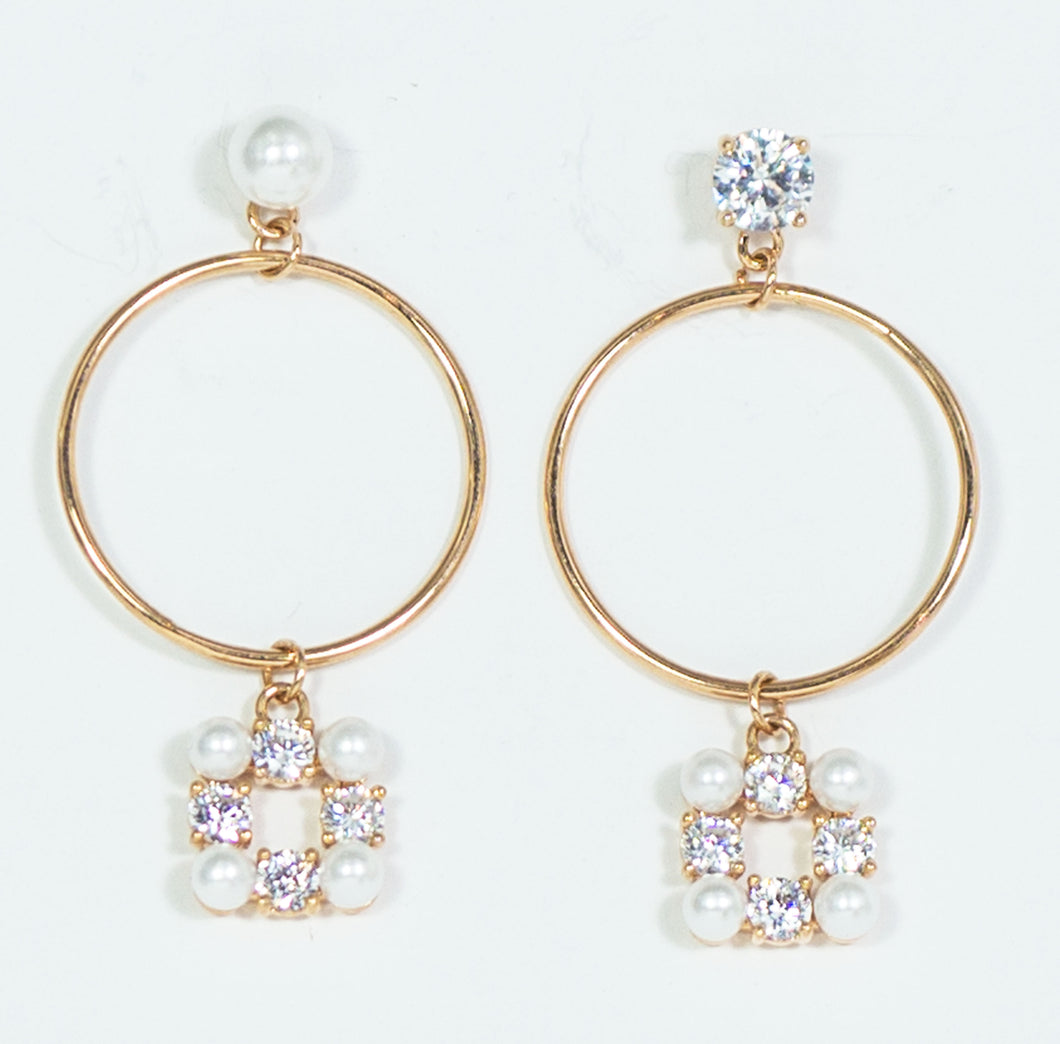 Fashion Earrings with Pearls