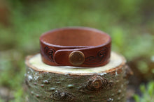 Heavy-duty Line 20 antique copper snap provides closure for leather cuff bracelet