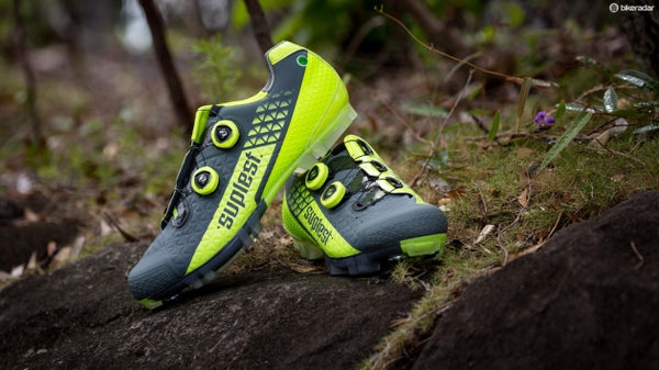 Suplest Edge/3 Pro Cross Country race shoes