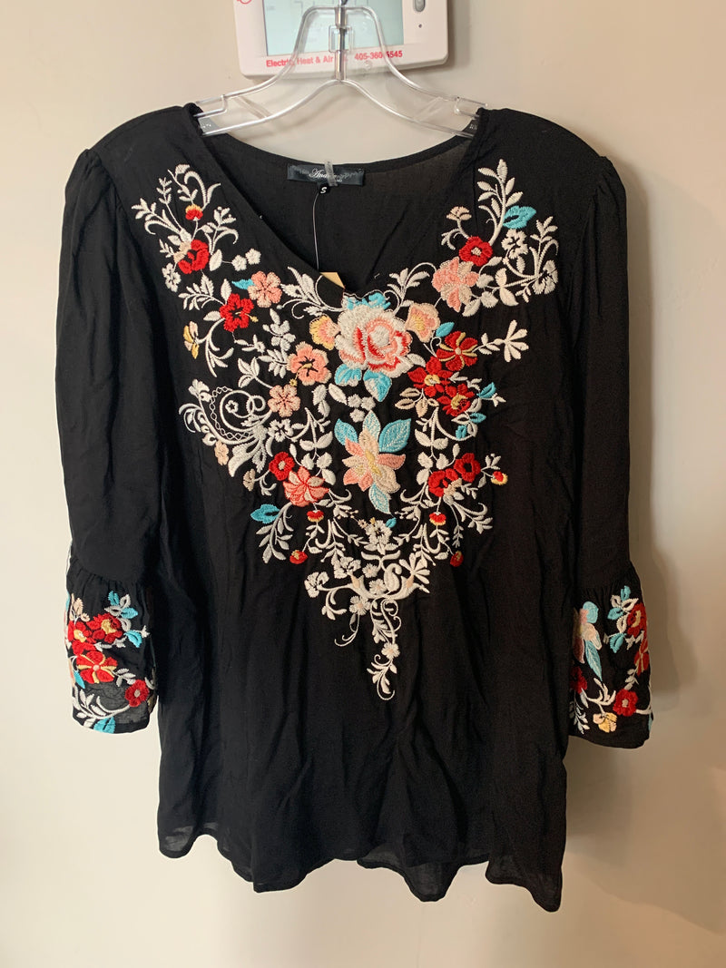 Embroidery Top - Small