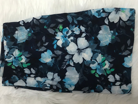 Curvy Blue  Floral Capri Leggings