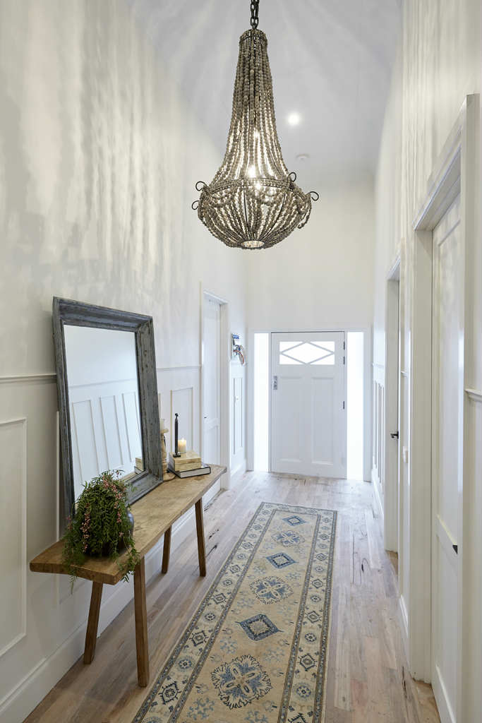 The Chandelier Elongated Size Large Colour Grey