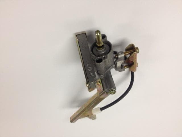 Beefeater Gas Valve Angled with Ignition to suit Discovery 1100 Series - Joe's BBQs