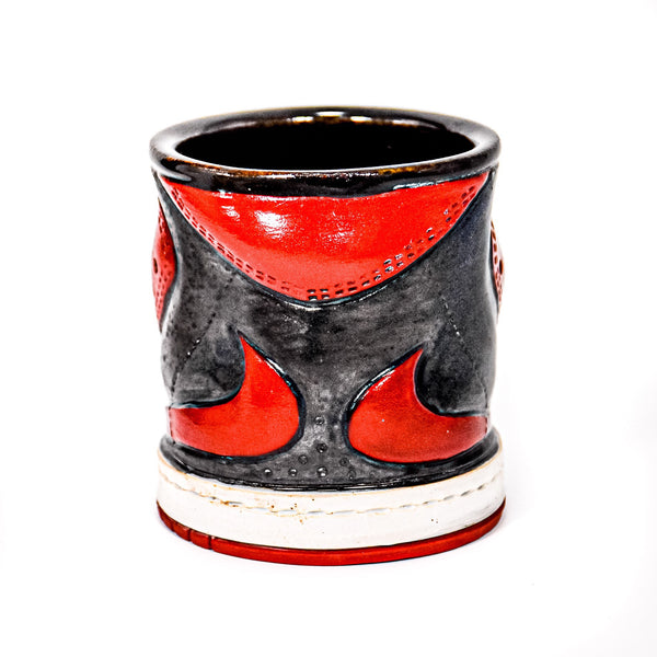 Sneaker Cup (Black & Red)
