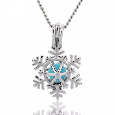 Holiday Snowflake Aromatherapy Essential Oil Diffuser Necklace - Essential Oil Accessories
