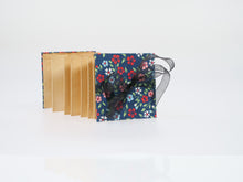 Load image into Gallery viewer, Meng Hoeschle Small Concertina Book