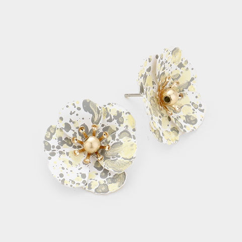 BITZ MINI SPLATTER FLOWER STUD EARRING