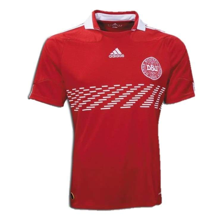 Jerseys / Soccer: Adidas National Team 2010 Denmark (H) S/s Jersey - M / Red / Adidas / 2010 Adidas Clothing Denmark Denmark (World Cup) |