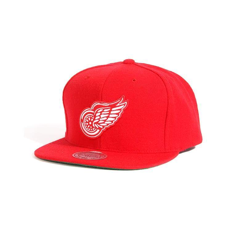 Headwear / Caps: Mitchell & Ness Snapback Cap - Nhl Nz980 Tpc Redwings - Mitchell & Ness / Accessories Caps Head & Neck Wear Headwear / Caps
