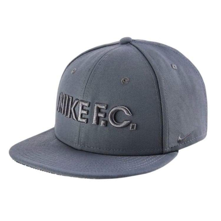 Headwear / Caps: Nike Fc True Cap Gry 805470-065 - Nike / Grey / 2018 Accessories Caps Grey Head & Neck Wear | Ochk-Sfalo-805470-065