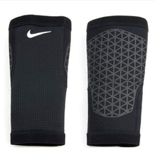 Protectors / Calf Sleeve: Nike Pro Combat Calf Sleeves Blk Nms30001Md - Basketball Black Cycling Fitness & Exercise Gear