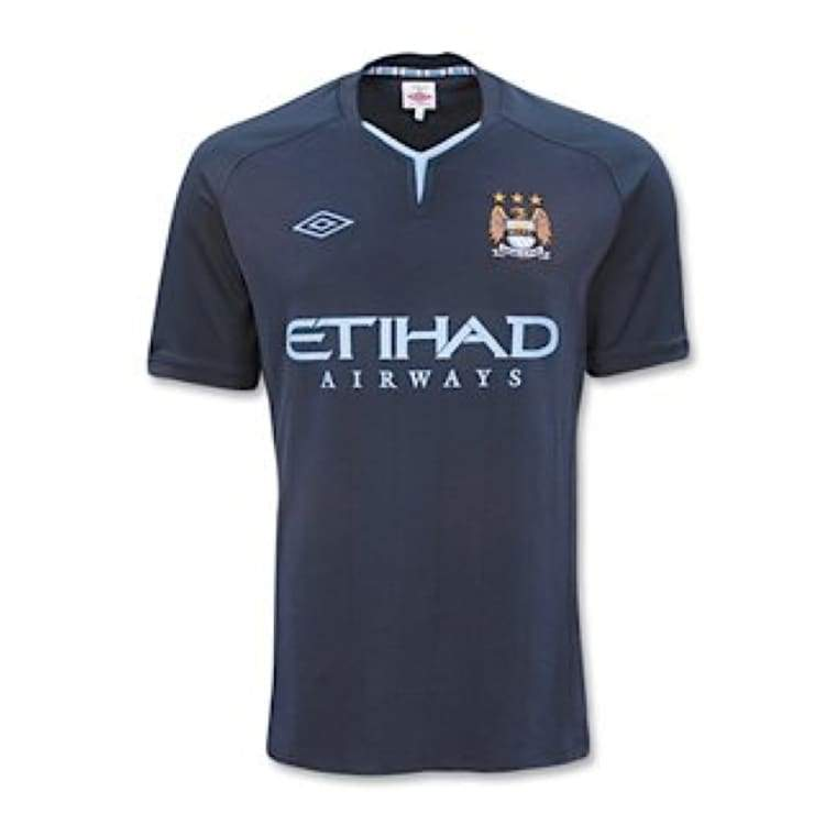 Jerseys / Soccer: Umbro Manchester City 10/11 (A) S/s 70479U - Umbro / L / Navy / 1011 Clothing Football Jerseys Jerseys / Soccer |