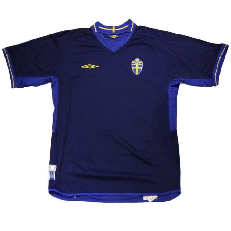 Jerseys / Soccer: Umbro National Team 2003 Sweden (A) S/s 11735626 - Umbro / S / Blue / 2003 Away Kit Blue Clothing Football |